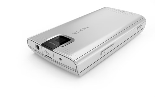 nokiax3_camera_details_silver_lowres