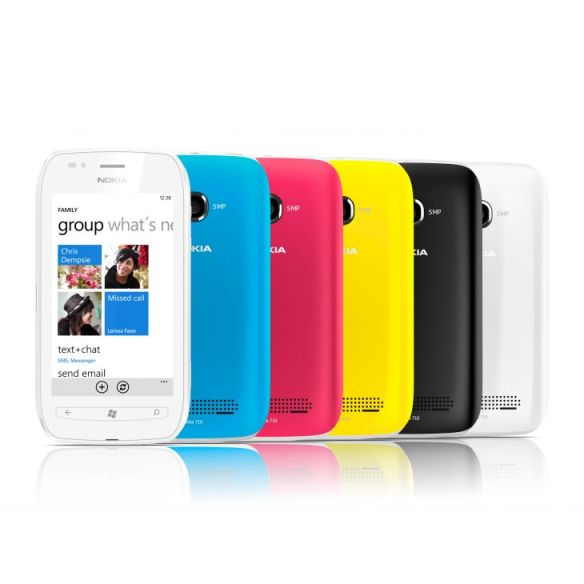 nokia-lumia-710_group